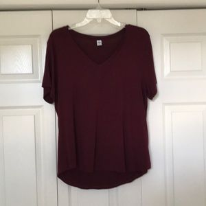 Old Navy Maroon Luxe V-Neck Tee L Large NWOT